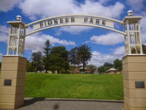 Pioneer Park Entrance