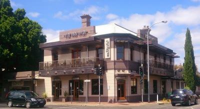 Hyde Park Tavern