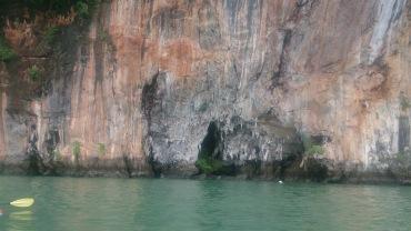 (pic - Story) James Bond Island - Hong Island Cliffs 01