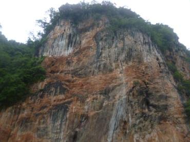 (pic - Story) James Bond Island - Hong Island Cliffs 03