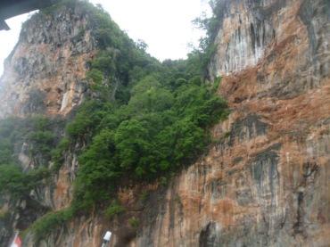 (pic - Story) James Bond Island - Hong Island Cliffs 04