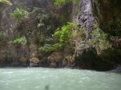 (pic - Story) James Bond Island - Hong Island Grotto 05