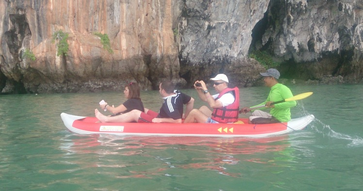 Canoeing Hong Island