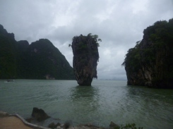 (pic - Story) James Bond Island - The Island 01