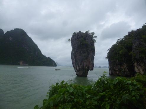 (pic - Story) James Bond Island - The Island 03