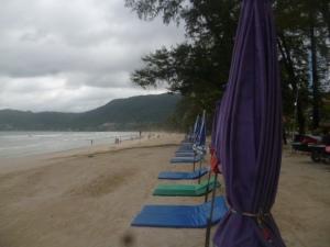 (pic - Story) Phuket - Beach Walk 03