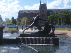 (pic - Story) Hyde Park - Archibald Fountain 01