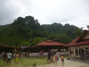 Ko Phi Phi Don Huts