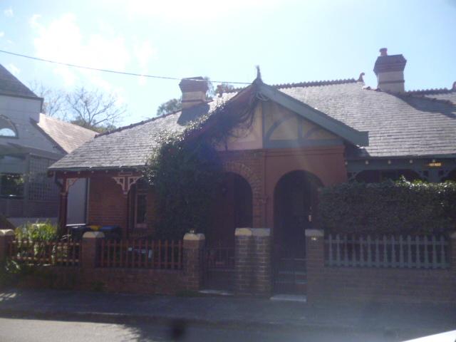 (pic - Story) Balmain - Birchgrove House 04