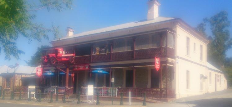 Birdwood Pub