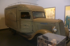 (pic - Story) Motor Museum - Commercial Vehicle 02