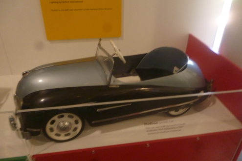 (pic - Story) Motor Museum - Toy Car 01