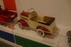(pic - Story) Motor Museum - Toy Car 02