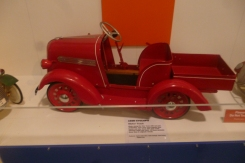 (pic - Story) Motor Museum - Toy Car 03