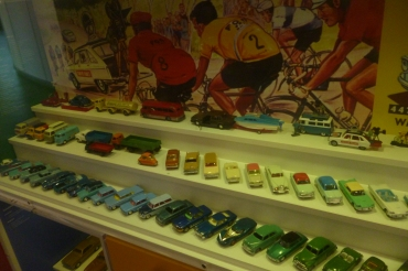 (pic - Story) Motor Museum - Toy Car 04