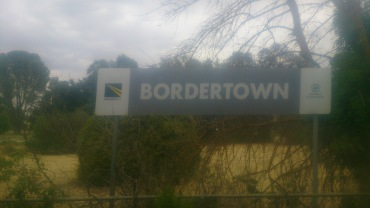 (pic - Story) Overland - Bordertown Station 02