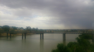 (pic - Story) Overland - Murray Bridge
