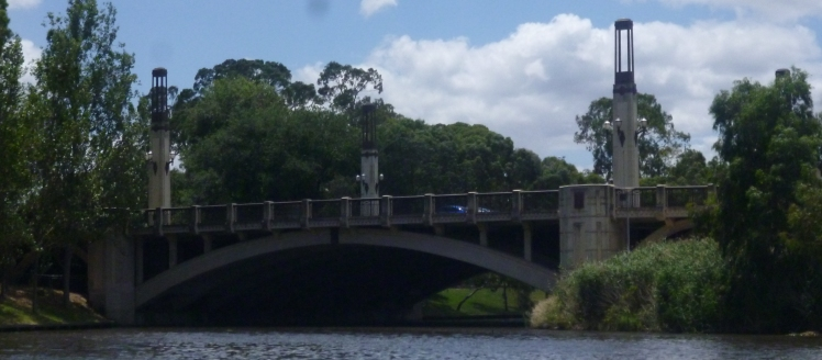 (pic - Story) Popeye - King William Bridge