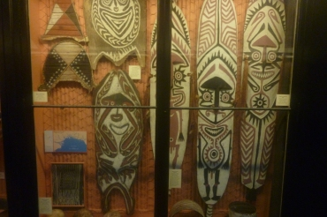 (pic - Story) SA Museum - New Guinea 01