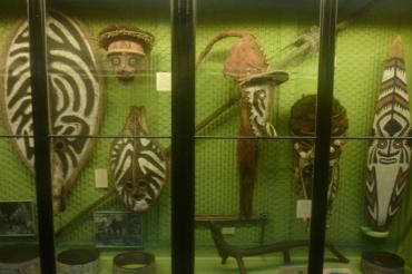 (pic - Story) SA Museum - New Guinea 02