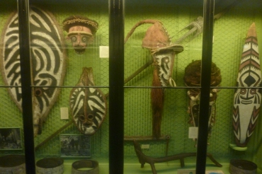 (pic - Story) SA Museum - New Guinea 02