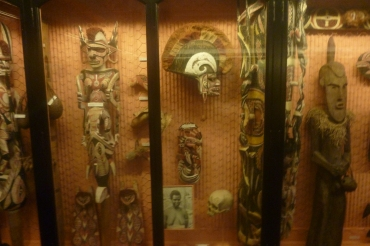 (pic - Story) SA Museum - New Guinea 04