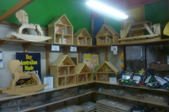(pic - Story) Gumeracha - Toy Factory 03