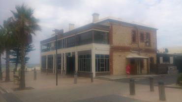 (pic - Story) Henley & Grange - Grange Hotel 01