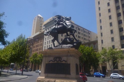 (pic - Story) The Rundles - Boar War Memorial
