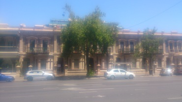 (pic - Story) The Rundles - Nth Tce Frontage 08