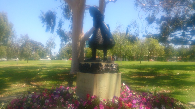(pic - Story) The Rundles - Rhymal Park Alice Statue
