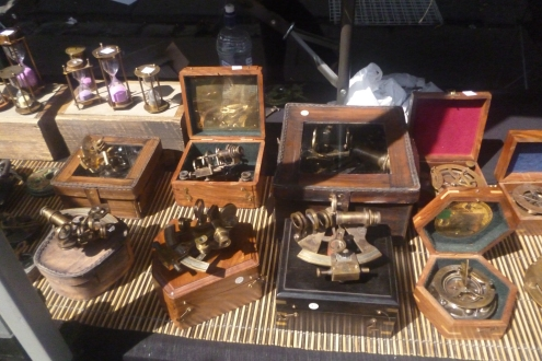 (pic - Story) Brunnie Festival - Antique Stall 01