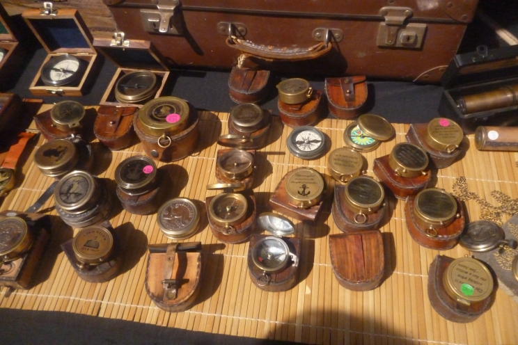 (pic - Story) Brunnie Festival - Antique Stall 04