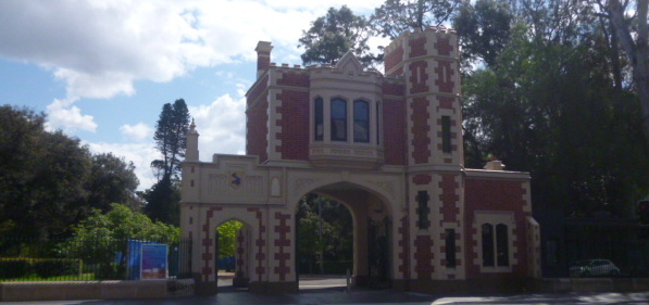 (pic - Story) Parramatta - Park Gate