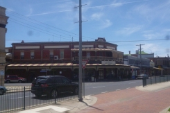 (pic - Story) To Melbs - Nhill Buildings 02