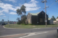 (pic - Story) Whittlesea - Blue Stone Building