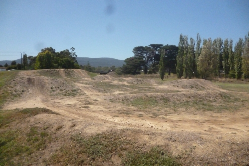 (pic - Story) Whittlesea - Park 01