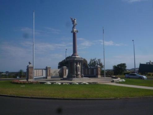 (pic - Story) Warnambool - War Memorial 01