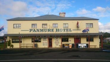 (pic - Story) Warrnambool - Panmure Hotel 01