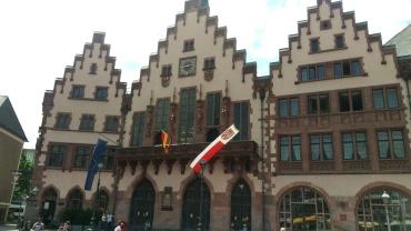 pic-story-frankfurt-romerplatz-01