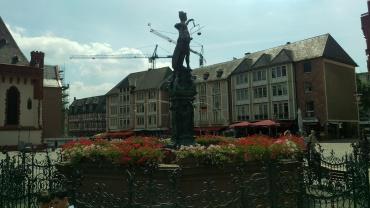 pic-story-frankfurt-romerplatz-02