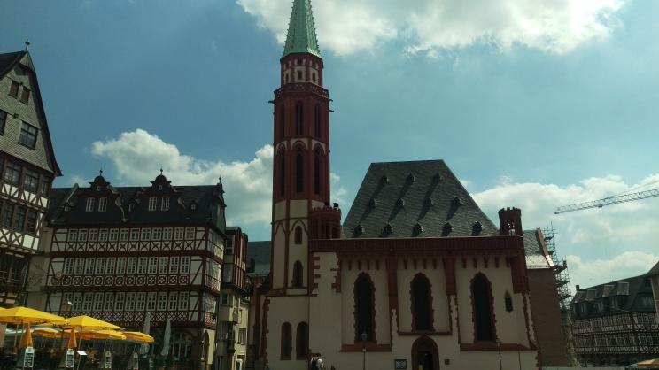 pic-story-frankfurt-romerplatz-03