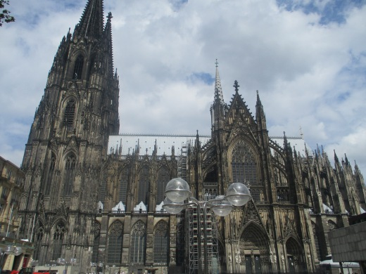 pic-story-koln-cathedral-01