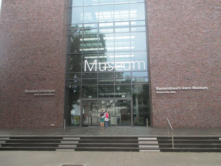 pic-story-koln-museum-schutigen