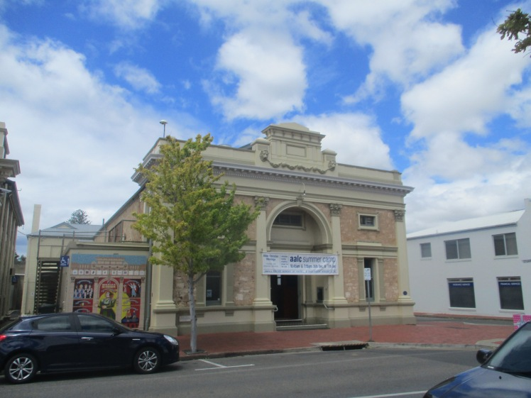 pic-story-victor-town-hall