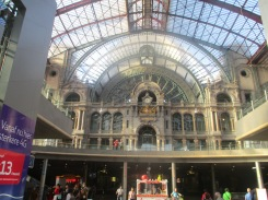 (pic - Story) Antwerp - Central Station 02