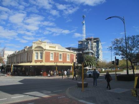 (pic - Story) Perth - Subi 03