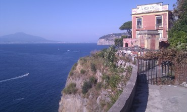 (pic - Story) Point Nepean - Sorrento Italy 01