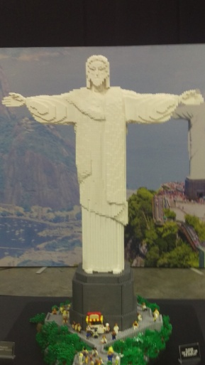 (pic - Story) Lego - Christ the Redeemer