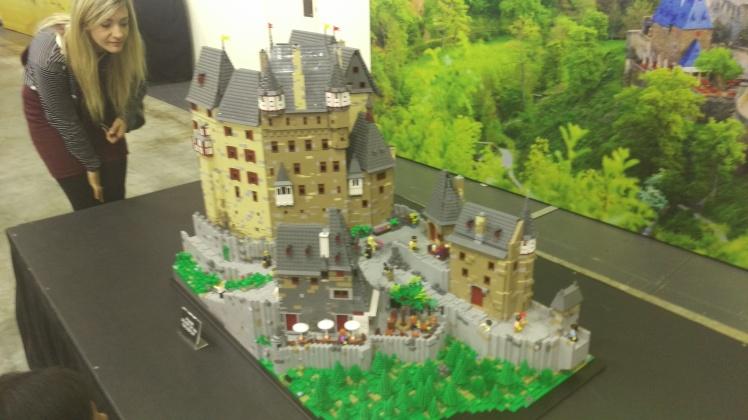 (pic - Story) Lego - Etz Burg